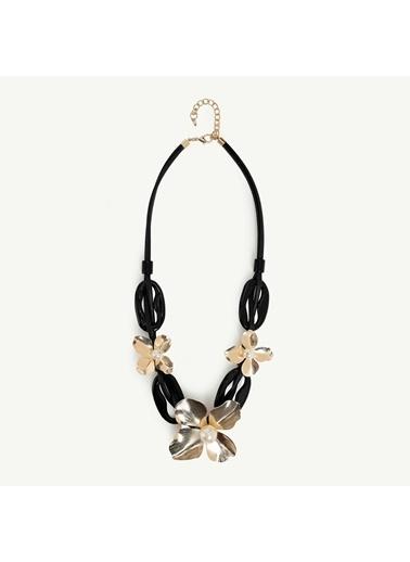 Yargıcı Kadın Çiçek Desenli Siyah Kolye 9KKBJ8360X Siyah